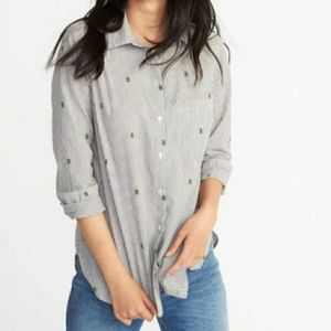 OLD NAVY bee's knees classic L/S button shirt M